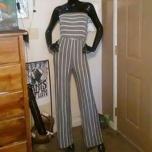 Lani California Pants - NWOT LANI CALIFORNIA STRAPLESS JUMPSUIT-SIZE SMALL
